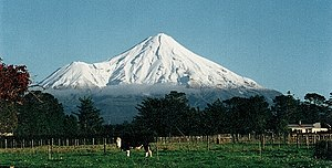 View of Mount Taranaki from Stratford, facing ...