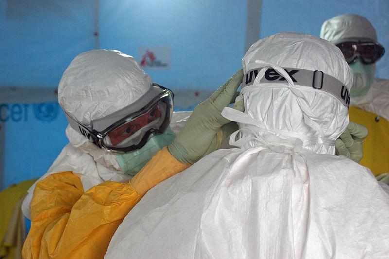File:Preparing to enter Ebola treatment unit (5).jpg