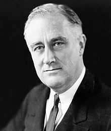 https://i0.wp.com/upload.wikimedia.org/wikipedia/commons/thumb/b/b8/FDR_in_1933.jpg/220px-FDR_in_1933.jpg