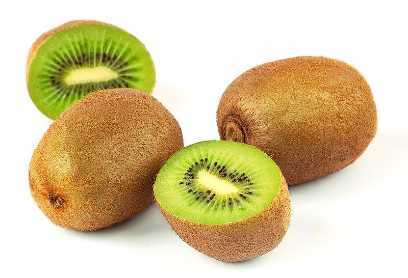 File:Kiwi (Actinidia chinensis) 1 Luc Viatour.jpg
