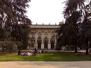 Politecnico di Milano, facciata.