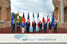 The family photo of the G7 leaders, 26 May 2017