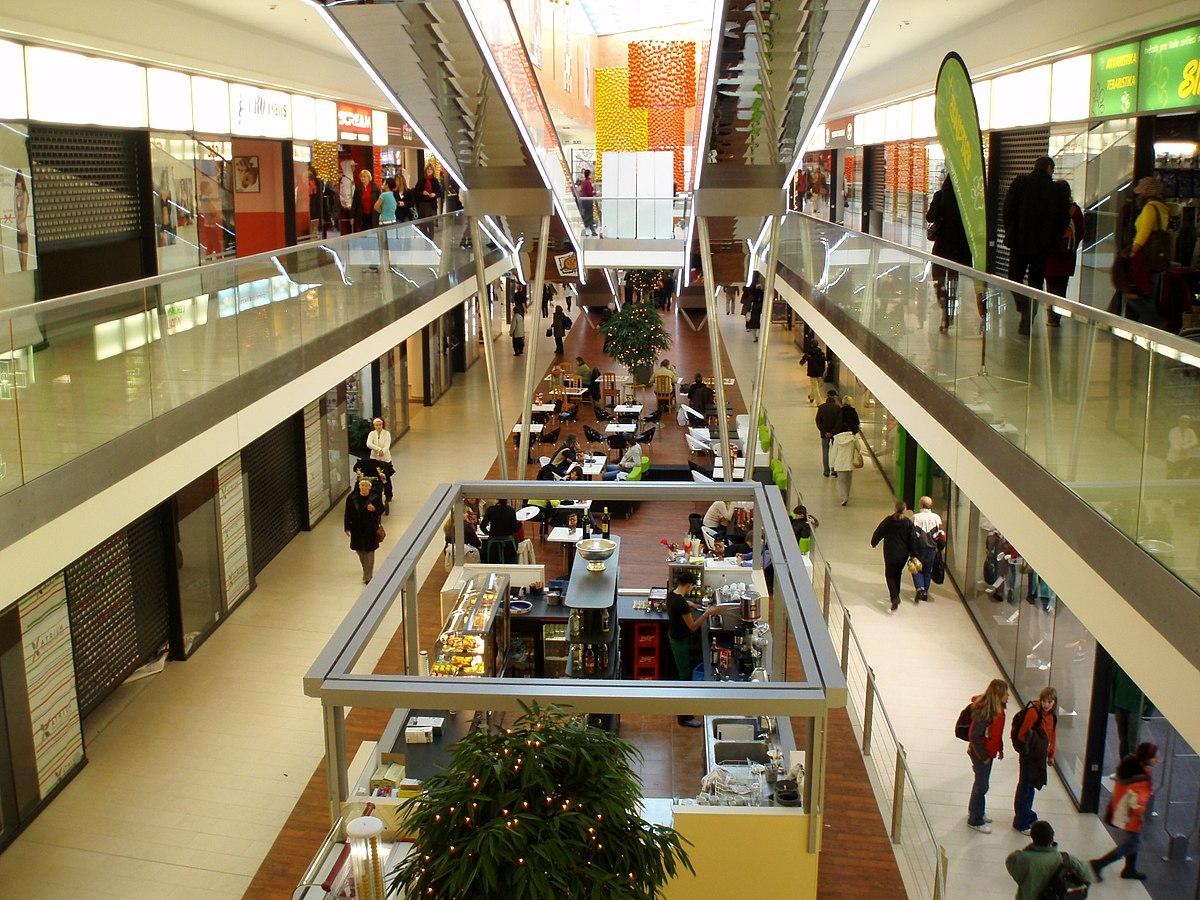 Obchodn 237 Centrum Atrium Hradec Kr 225 Lov 233 Wikipedie