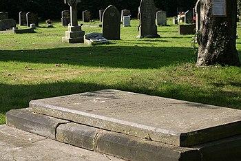 English: Sir Robert Peel, 5th Baronets, Grave ...