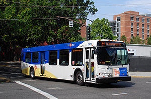 English: Bus 2909 of TriMet, the public transi...