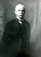 File:Brooks Adams, c. 1910.jpg