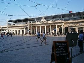 Sortie gare SNCF