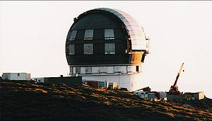 The dome of GTC under construction in 2002