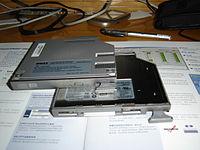 光碟機 - 維基百科,自由的百科全書