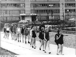 Bundesarchiv Bild 183-N0912-0304, Neubrandenbu...