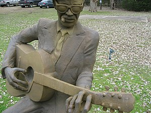 Statue of Lightnin' Hopkins in Texas