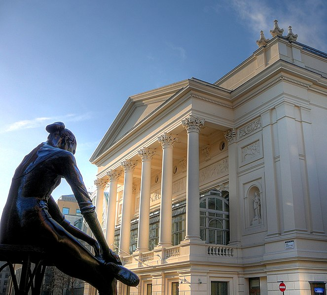 Royal Opera House. Photo: Russ London © Source: Wikipedia