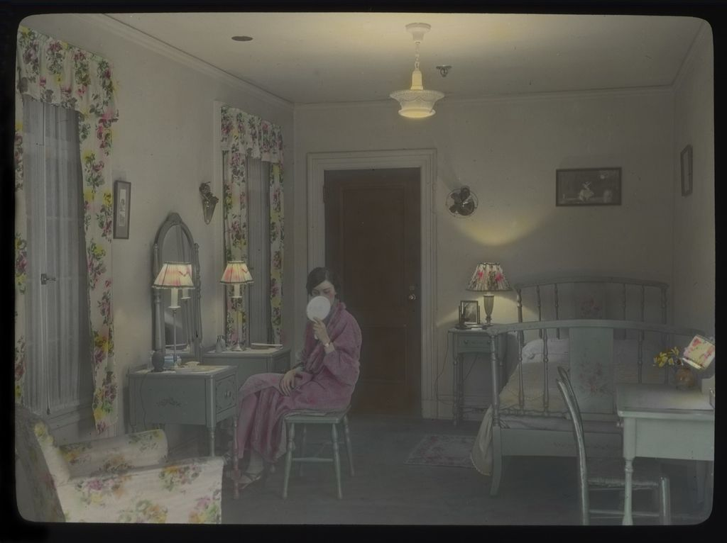 FileWoman in bedroom 1930s 15470517465jpg  Wikimedia