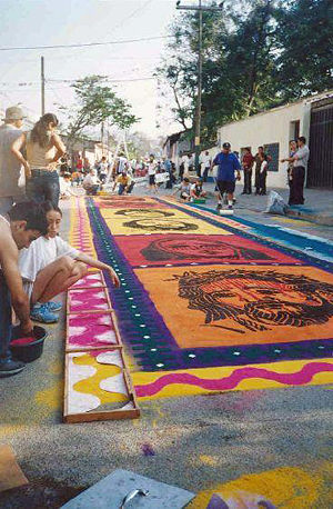 Saw dust carpet, a tradition during Holy Week ...