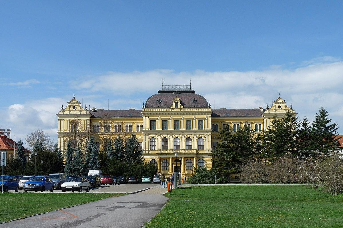 Jihoesk muzeum v eskch Budjovicch  Wikipedie