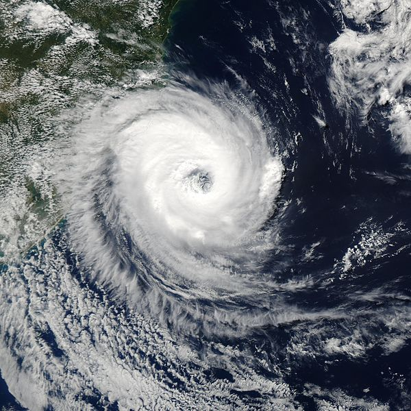 File:Cyclone Catarina 2004.jpg