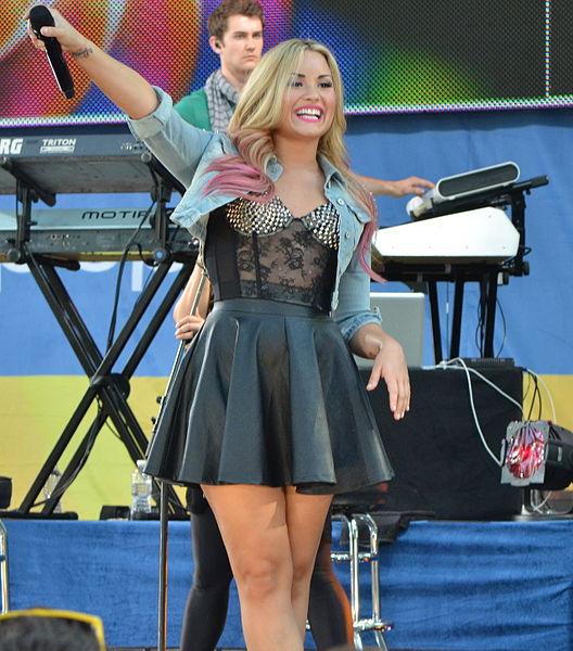 File:Demi Lovato 8, 2012.jpg