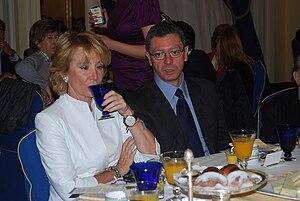 Esperanza Aguirre y Alberto Ruiz Gallardón en ...
