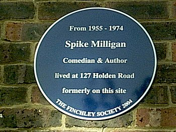 English: Plaque to Spike Milligan in Woodside ...