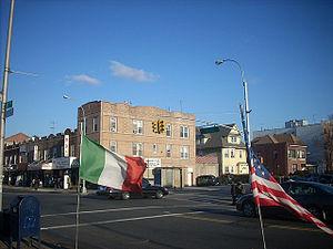 English: 18 Avenue intersecting with Bay Ridge...