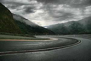 Route dans les Pyrénées françaises