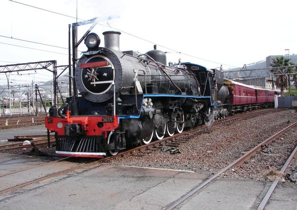 South African Class 24 2-8-4 - Wikipedia