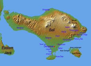 Español: Mapa de Bali Français : Carte topogra...