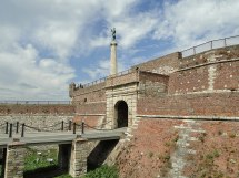 Belgrade Fortress - Wikipedia