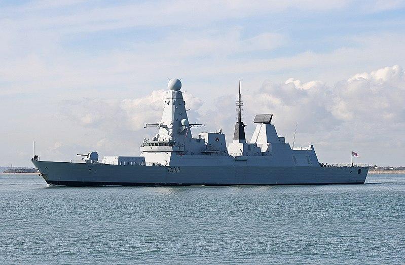File:HMS Daring-1.jpg