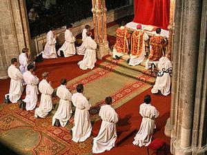 English: Good Friday liturgy - the intercessor...