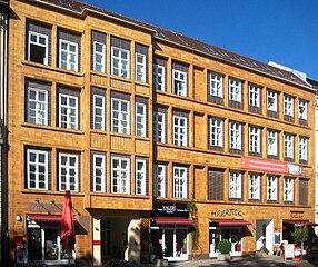 Ehemaliger Sitz der Berliner Müllabfuhr AG (BEMAG) in der Poststraße 13-14