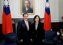 President Tsai and Paraguay's President Horacio Cartes in Taiwan, 20 May 2016
