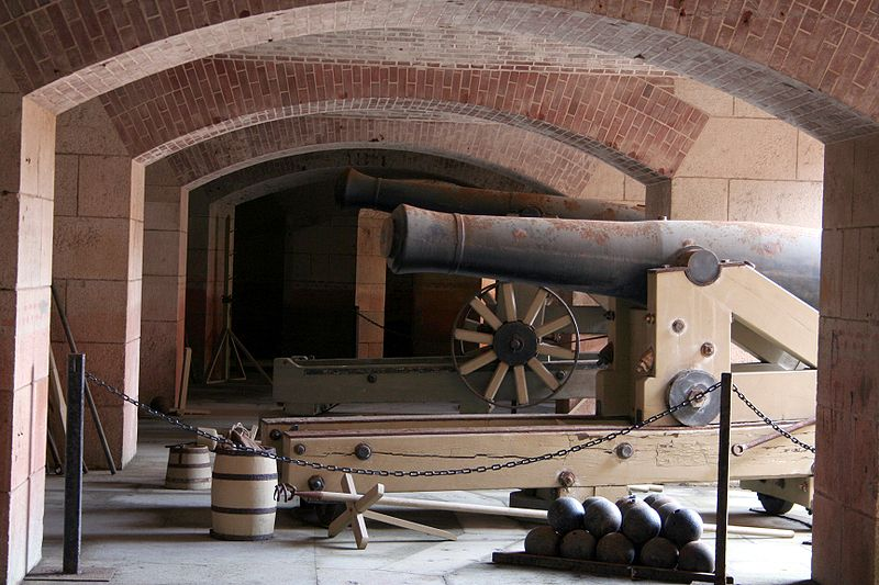 Cannons placed in Fort Point