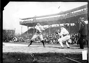 English: Ty Cobb batting in 1908 at Chicago.