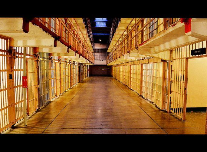 Alcatraz prison cell (pfnatic)