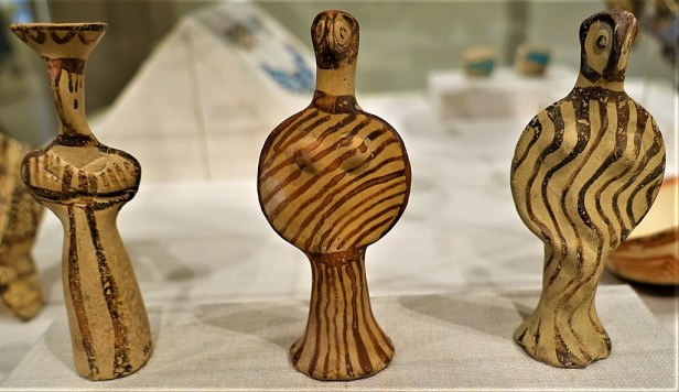 Mycenaean Terracotta Female Figures - MET - Joy of Museums