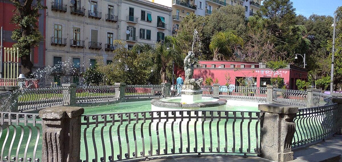 Fontaine du Triton Naples  Wikipdia