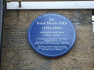 English: Plaque to Sir Fred Hoyle This blue pl...