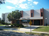 Edmunds Center Wikipedia