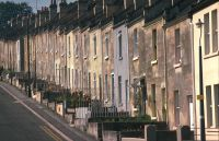 terraced house - Wiktionary