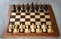 Chess board opening staunton