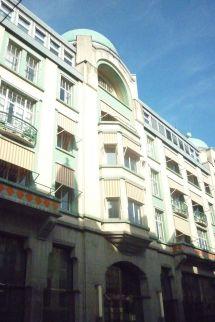 Grand Hotel Central - Wikipedia