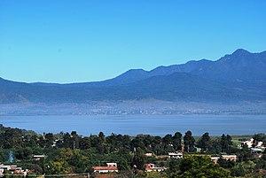 English: View of Lake Patzcuaro from the Tzint...
