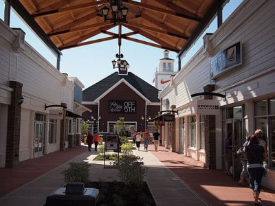 Merrimack Premium Outlet Mall stores