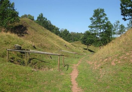 Slagghögar vid Andrarums alunbruk