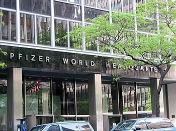 English: New York City - Pfizer World Headquar...