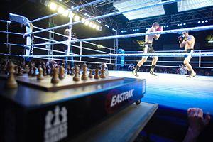 Deutsch: Das Bild zeigt die Sportart Schachbox...