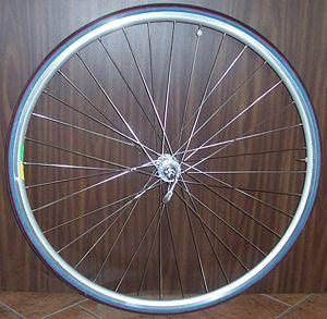 Sport bicycle wheel
