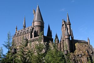 English: Hogwarts Castle in the Wizarding Worl...