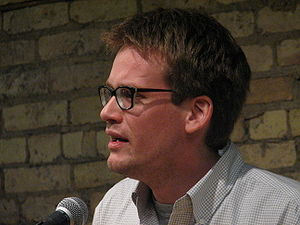 English: John Green speaking at the Loft Liter...